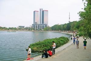 Xây khu nhà cho thuê từ 3-9 tầng xung quanh hồ Thành Công