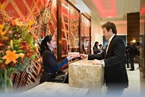 Những câu hỏi dành cho lễ tân khách sạn giúp bạn tiết kiệm tiền