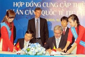 ITC đầu tư mạnh vào cần cẩu cảng Phú Hữu