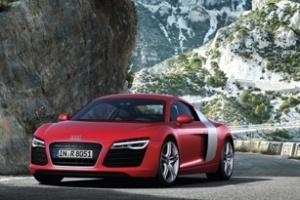Audi R8 2013 đổi mới toàn diện