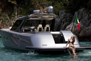 Du thuyền Maxi Dolphin MD53 hàng