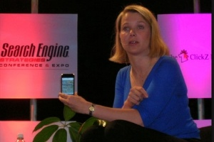 CEO Yahoo muốn phát iPhone cho nhân viên