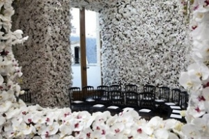 Sàn diễn triệu bông hoa của nhà Christian Dior