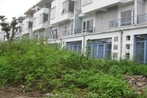 Văn Phú có nhiều biệt thự hoang