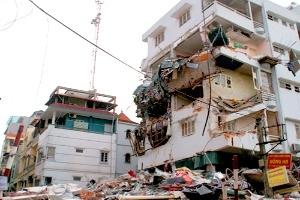 Hà Nội yêu cầu cải tạo chung cư 51 Huỳnh Thúc Kháng