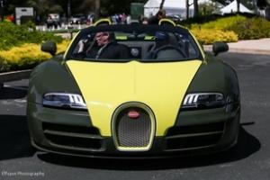Hai chiếc Veyron Grand Sport Vitesse màu độc tại Monterey 2012