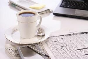 Cà phê giúp giảm đau cổ và vai cho dân văn phòng