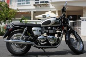 Triumph Bonneville T100 phiên bản đặc biệt tại Việt Nam