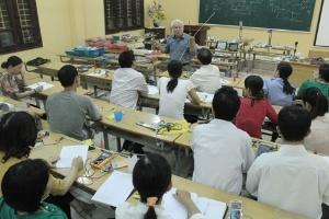 TS.Nguyễn Văn Khải: Kỹ năng thực hành của giáo viên phổ thông quá yếu