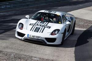 Porsche 918 Spyder có giá bán mới