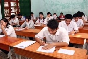 Sinh viên có thể bị buộc thôi học nếu đi thi hộ