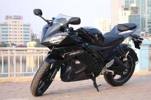 Yamaha R15 - môtô cỡ nhỏ cho người Việt