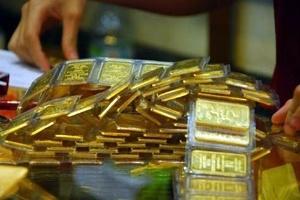 Có nên tính thuế mua bán vàng?