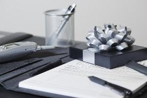 Tặng quà gì cho sếp nhân dịp Giáng sinh và năm mới?