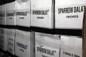 Hàng nghìn chai vang Đà Lạt 'biến' thành vang Pháp