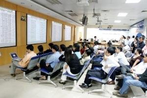 Giám đốc phân tích FPTS: Nhiều cơ hội cho TTCK Việt Nam trong năm 2013