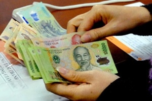Chủ tịch Hoa Sen lương 20 triệu đồng