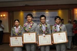 Việt Nam đăng cai Olympic Hóa học Quốc tế năm 2014