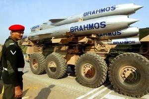 Suy thoái kinh tế khiến doanh thu bán vũ khí giảm