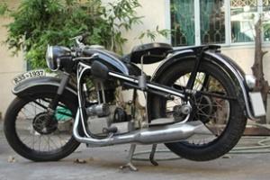 Xế cổ BMW R35 1937 ở Sài thành