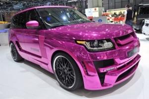 Range Rover mạ crôm hồng rực