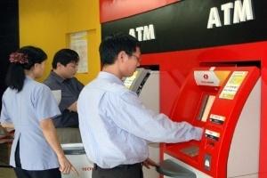 """Nhân viên Techcombank """"rút ruột"""" 3,6 tỉ đồng từ trụ ATM!"""