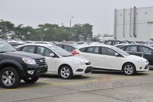 Hà Nội: Chi cục thuế vẫn yêu cầu nộp thuế xe 20%