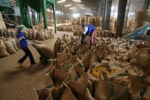 Nông sản Việt bị chê vì giá cao