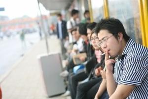 Tăng mức xử phạt hút thuốc lá sai chỗ lên 4 - 10 lần