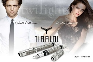 Robert Pattinson tặng Kristen Stewart cây bút giá 46.000 USD