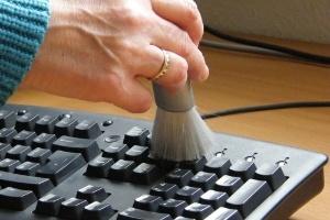 8 thói quen tệ hại khi sử dụng đồ công nghệ