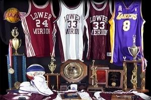 Đấu giá kỷ vật của vận động viên bóng rổ chuyên nghiệp Kobe Bryant