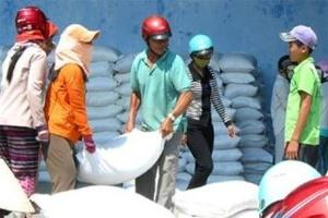 Hỗ trợ 4 tỉnh hơn 3.000 tấn gạo