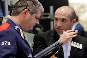 Thị trường chứng khoán toàn cầu đồng loạt lên điểm