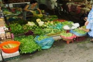 TP.HCM: Giá rau củ tăng mạnh
