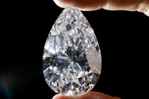Viên kim cương 26,7 triệu USD