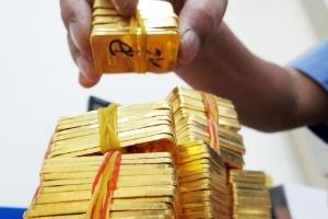 NHNN thúc các ngân hàng tất toán huy động và cho vay bằng vàng
