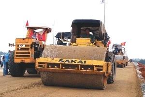 Đại dự án giao thông dùng vốn ODA sa lầy tiến độ