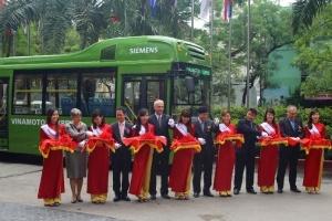 Siemens và Vinamotor ra mắt xe buýt hybrid 'thân thiện với môi trường'