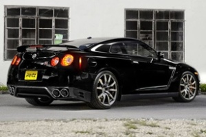 Hertz công bố chương trình cho thuê siêu xe