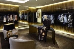 Fendi mở cửa hàng ở Avenue Montaigne