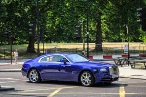Rolls-Royce Wraith dạo phố
