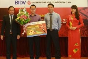 BIDV trao giải chương trình mở thẻ BIDV-MU