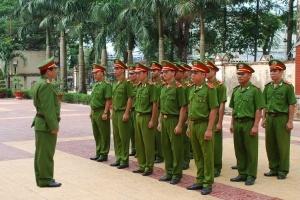 Miễn học phí cho con của chiến sĩ Công an nhân dân