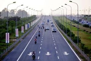 Sắp triển khai thu phí trên đại lộ Thăng Long?
