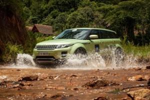 Range Rover Evoque chinh phục địa hình Việt Nam