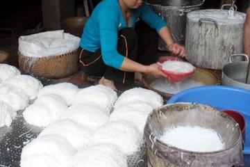 Quảng Ninh ráo riết kiểm tra ATTP đối với bún, bánh phở tươi