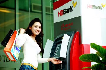 Ưu đãi lớn cho chủ thẻ HD Bank