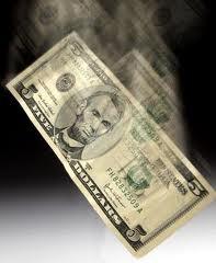 Thâm hụt ngân sách của Mỹ giảm 35% trong 11 tháng đầu năm
