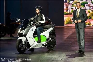 BMW sản xuất xe máy điện dòng C vào năm 2014